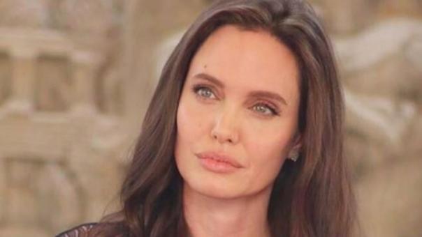 La cinta de Angelina Jolie es una adaptación de las memorias de la activista camboyana Loung Ung.