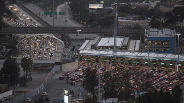 San Ysidro, el paso que divide Tijuana de San Diego.