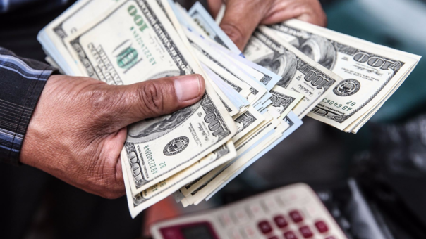 En lo que va del año, el dólar se ha depreciado en 3.25%.