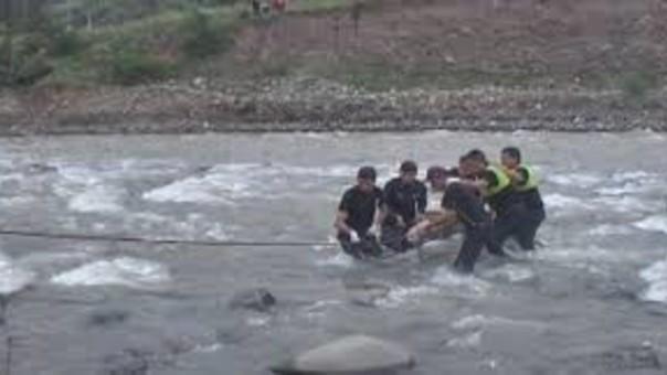 Accidente en río Santa.