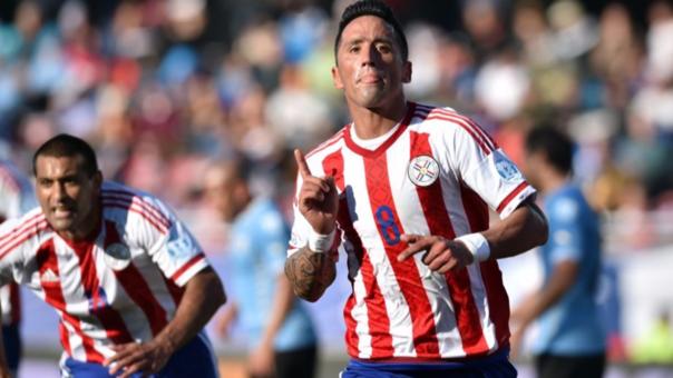 Lucas Barrios regresa a Chile: será rival de Iquique en Libertadores
