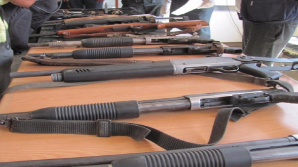 Decomisan armas de fuego ilegales