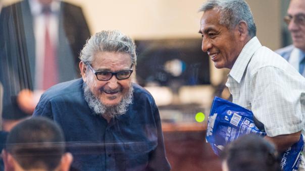 Abimael Guzmán de 82 años enfrenta un nuevo juicio por el atentado de la calle Tarata.