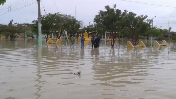 Lluvias en Piura por más de 10 horas.