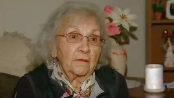 El ladrón que ingresó a robarle a Helen Reynolds quiso abusar sexualmente de ella al no encontrar dinero en su casa.