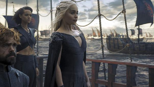 En el último episodio de Game of Thrones, Khalessi ─asesorada por Tyrion─ enrumba a King's Landing con su gigantesco ejército y sus tres dragones.