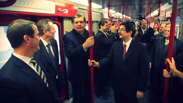 En el 2009, el Ministerio de Transportes, encabezado por Cornejo, y el Consorcio Tren Eléctrico de Lima, integrado por Odebrecht y Graña y Montero, firmaron el contrato para la ejecución del proyecto.