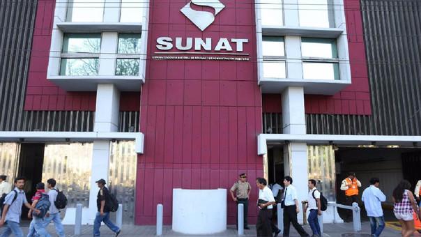 La norma precisa que la SUNAT debe establecer una resolución para declaración de retenciones.