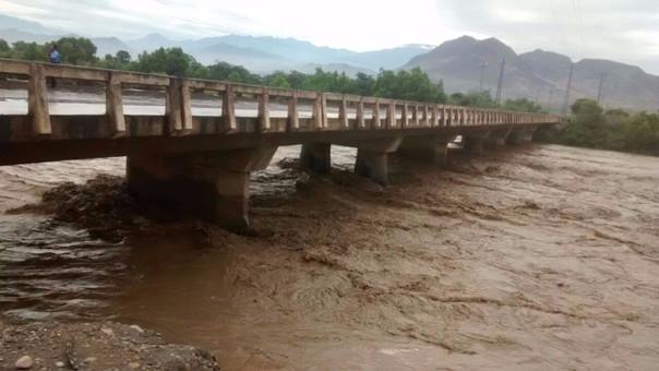 Aumenta caudal de río Chicama.