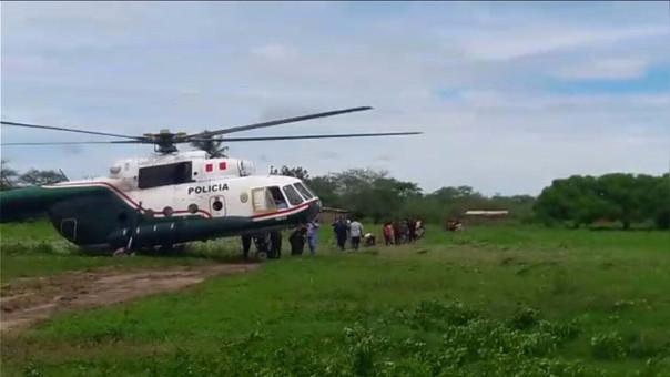 Helicóptero rescata pobladores aislados del distrito de Jayanca — Lambayeque