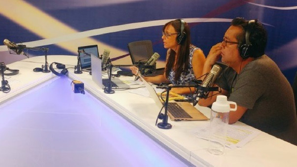 Jesús Véliz y Rachel Watson conducen el programa.