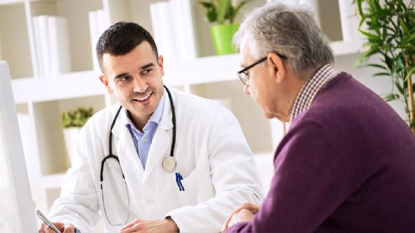 El geriatra y el beneficio que le brinda al adulto mayor