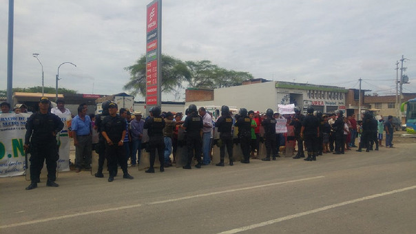 protesta a ministros