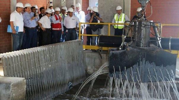 El servicio de agua ha sido reestablecido por tres horas en Lima.