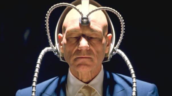 Patrick Stewart interpreta al profesor Charles Xavier desde el 2000