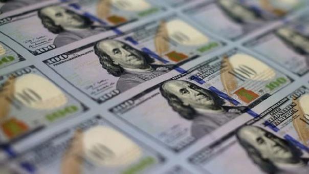 La moneda en los últimos 12 meses se ha depreciado en 2.95 por ciento.