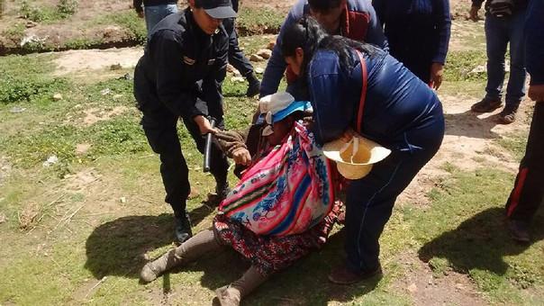 Pobladores fueron reprimidos por la Policía para luego llevarlos detenidos.