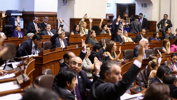 Si el pedido es aprobado en la Comisión de Constitución pasará a ser debatido por el Pleno del Congreso.