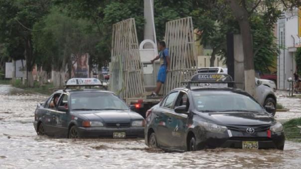 Lluvias moderadas con descargas eléctricas caen en Tumbes (Imagen referencial)