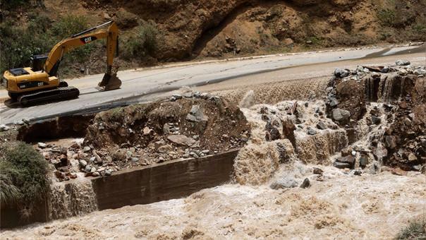 Los deslizamientos de lodo y piedras han perjudicado las vías a nivel nacional.