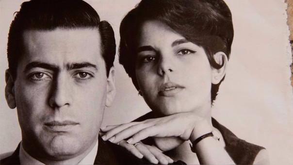 Mario junto a su prima y segunda esposa, Patricia Llosa.