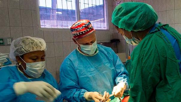 La operación para extipar el 'fetus in fetus' duró una hora y media