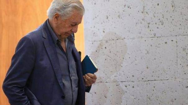 Mario Vargas Llosa opinó sobre el cierre del Parlamento en Venezuela.