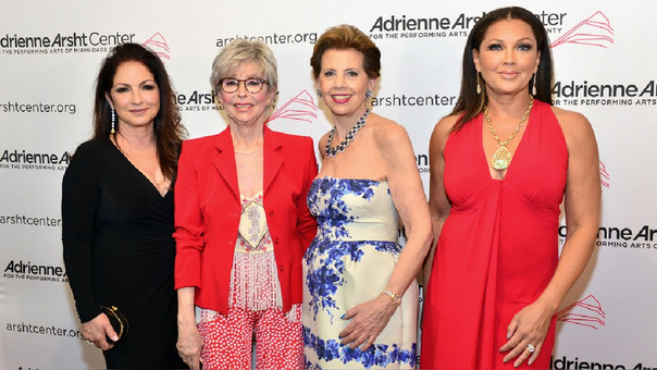 Gloria Estefan fue maestra de ceremonias en la gala