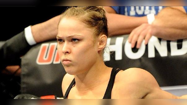 Ronda Rousey cayó ante Amanda Nunes (2016) en su última pelea oficial.