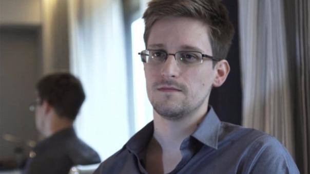 EEUU bombardeó los túneles que ellos construyeron en Afganistán, según Snowden