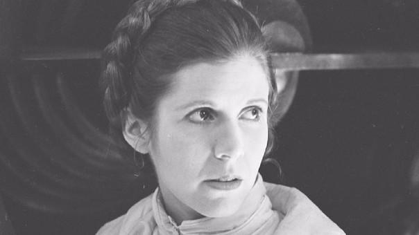 El episodio VIII, bajo el título de Star Wars: The Last Jedi, será la última cinta en la que aparecerá el personaje de Carrie Fisher, la Princesa Leia Organa.