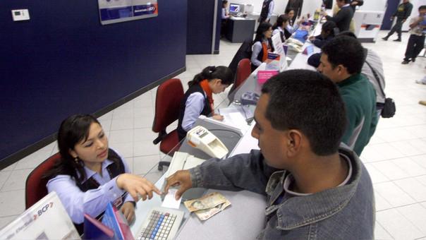 La tercera parte de las familias peruanas está sobre endeudada.