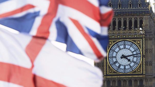 La máxima autoridad elegida del Reino Unido es el primer ministro.
