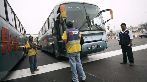 Empresas de transporte terrestre ofrecen súper ofertas