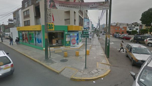 PNP captura a dos delincuentes que asaltaron conocida librería — Pueblo Libre