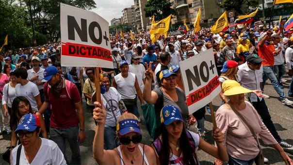 Las oposición dice que los venezolanos le han perdido el miedo a la calle y que seguirán protestando contra el gobierno de Maduro.