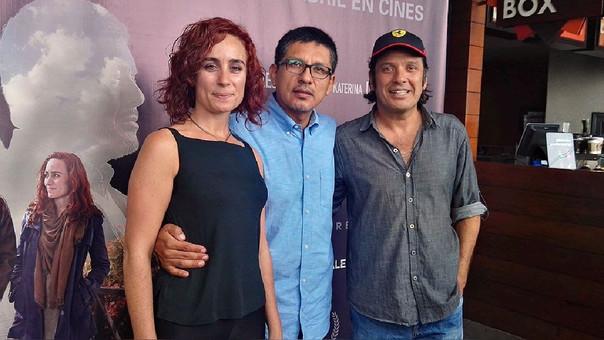 Katherina D'Onofrio (actriz), Joel Calero (director) y Lucho Cáceres (actor)