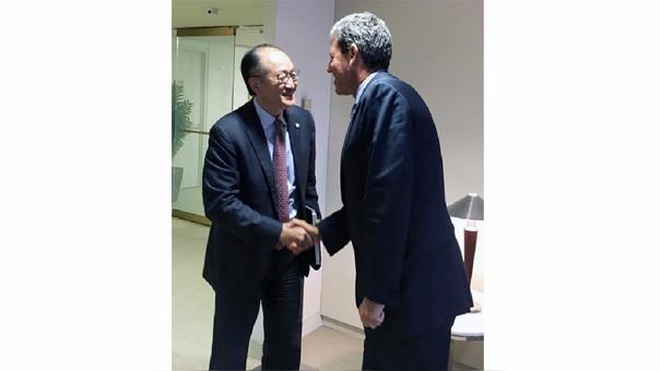 Thorne se reunió con Jim Yong Kim, el jefe del Banco Mundial en Washington.