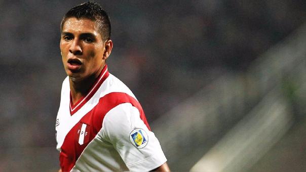 Paolo Hurtado ingresó por Christian Cueva en el duelo ante Uruguay.