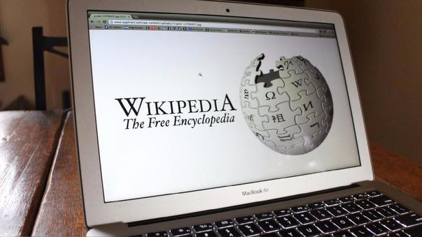 Wikipedia es una enciclopedia que puede ser editada por cualquier usuario. Los cambios, sin embargo, pueden ser eliminados o modificados por los editores del sitio.