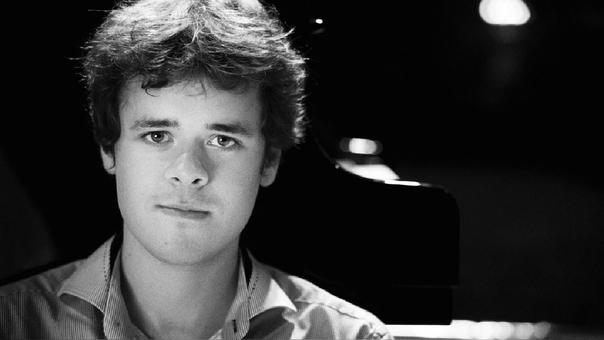 Benjamin Grosvenor, con solo 24 años, es una reconocida celebridad en el ambiente de la música clásica.