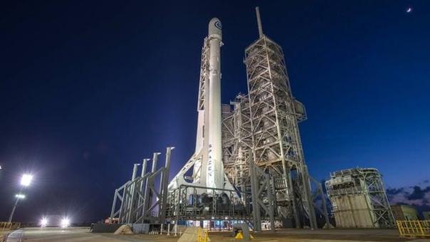 La carga fue lanzada desde el Kennedy Space Centet, en Florida, y a bordo del Falcon 9