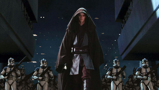 Anakin Skywalker en el Episodio III, interpretado por Hayden Christensen