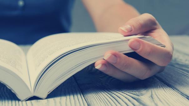 En la encuesta Lima cómo vamos las cifras sorprenden. El 48.8% de limeños y el 51.8% de chalacos respondieron que no leyeron ni un solo libro en el último año.