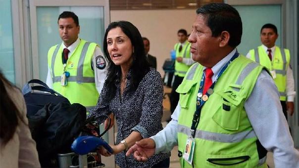 La ex primera dama regresó al país en diciembre acatando una orden judicial. A su arribo, denunció presión política en su caso.