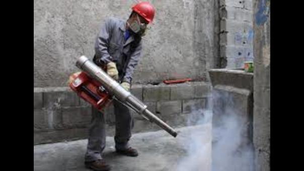 Fumigación contra el dengue