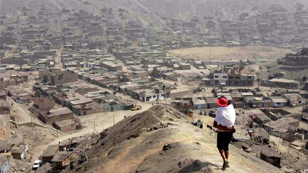El 28.7% de la población en condición de pobreza es de origen quechua, aymara, nativo de la Amazonía o afroperuano.