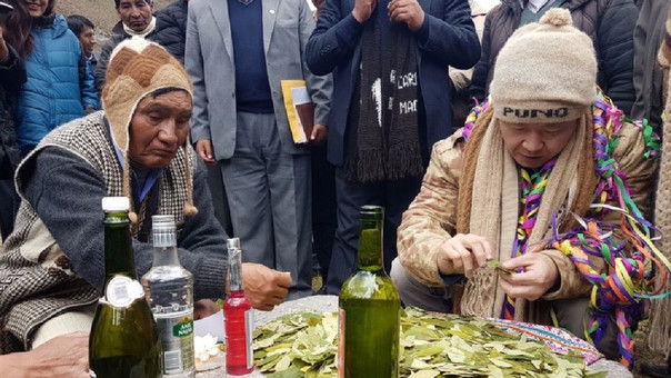 Kenji Fujimori hizo pago a la tierra en Puno.