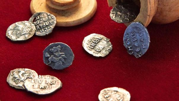 Parte del tesoro hallado en Rusia.