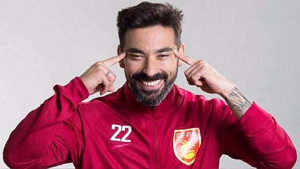 Foto promocional para la Superliga de China causó indignación.